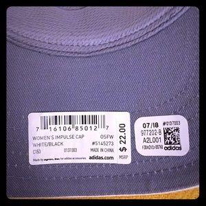 adidas Accessories - 🆕 ONLY 1!  Women's Impulse Cap